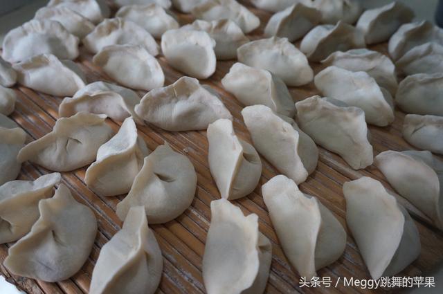 猪肉白菜饺子鲜美多汁,应该这么和馅才对! - taonuonuo - taonuonuo的博客