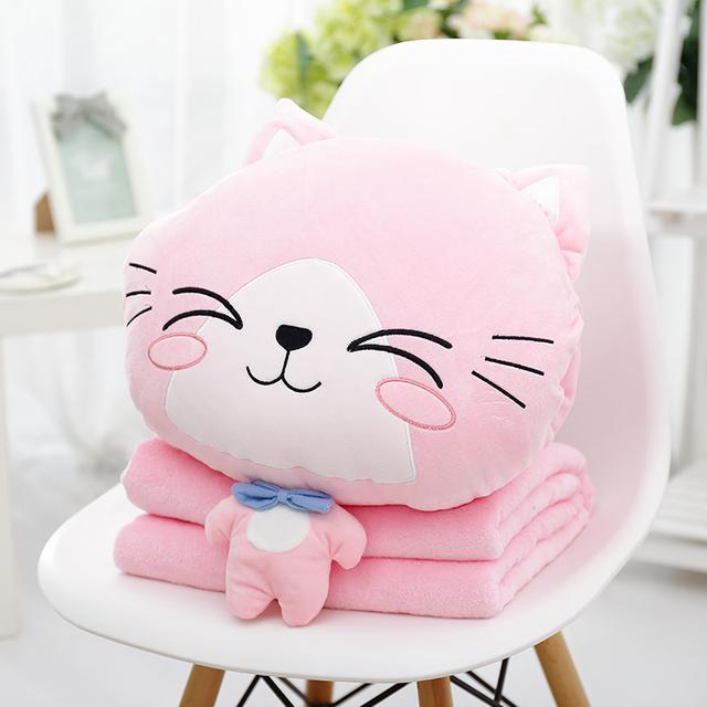 抱枕被来啦,合起来是一个抱枕,打开是一床小被子