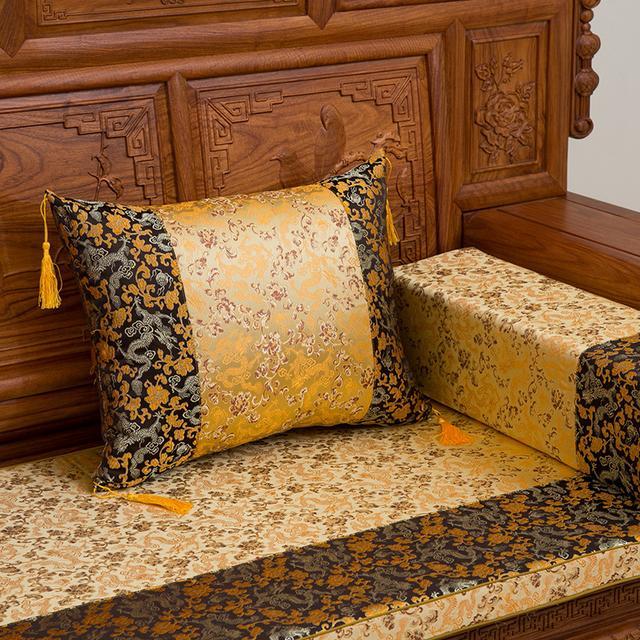 为沙发增添不一样的风情格调,各类型沙发垫鉴赏