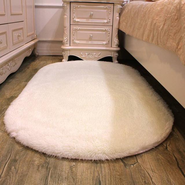 老公下班回家可高兴了,夸我客厅地毯买的好,晚上可以看啪啪