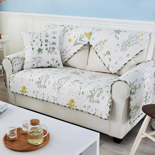 沙发很容易弄脏变旧,这八款欧式沙发垫立马让它焕然一新