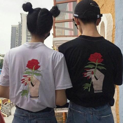 2017刺绣短袖情侣装