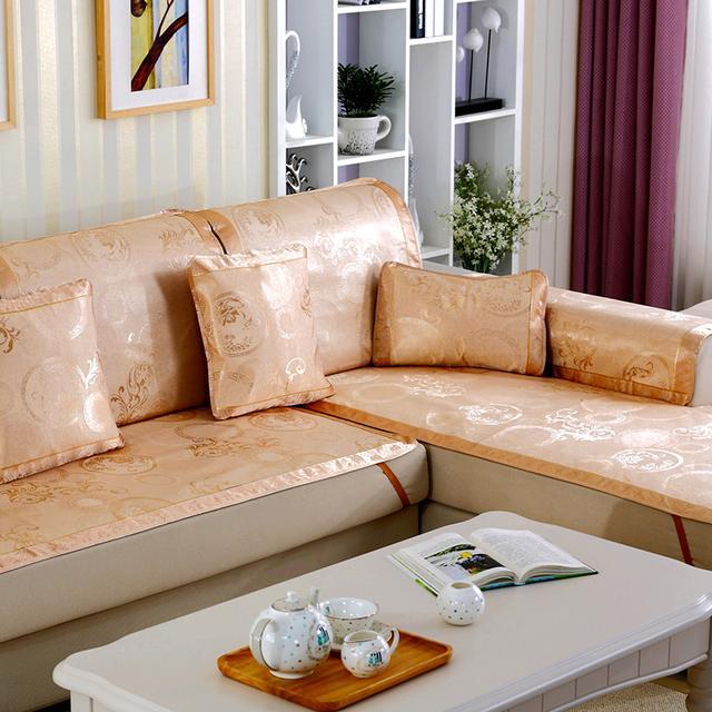 别用老土沙发套,今年的防滑沙发套白菜价又美观,让客厅焕然一新