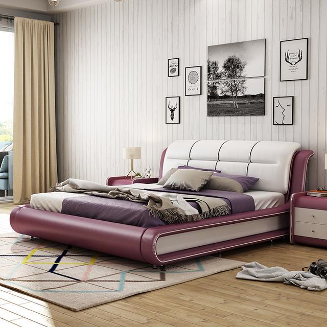 传统双人床过时了,现在超流行真皮大床,美观华贵关键是舒适柔软