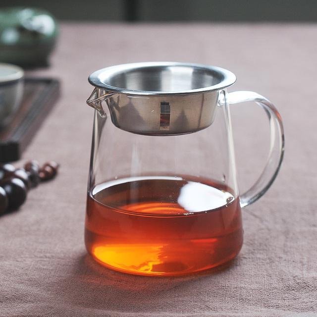 """""""烹茶四宝""""之一的公道杯,三五好友品茶少不了它"""