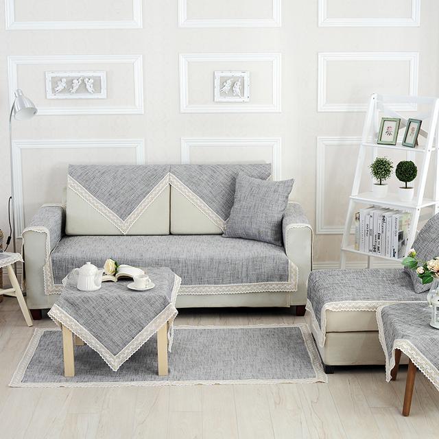 别让沙发裸奔啦!套上今年流行的耐磨耐脏沙发垫,高端大气显档次