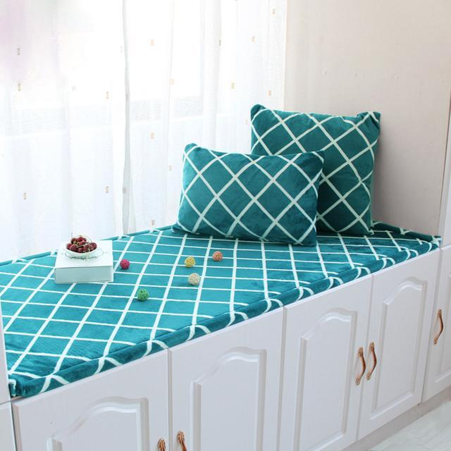 """美观舒适又温馨的飘窗垫,别在让您家的飘窗""""裸奔""""了"""
