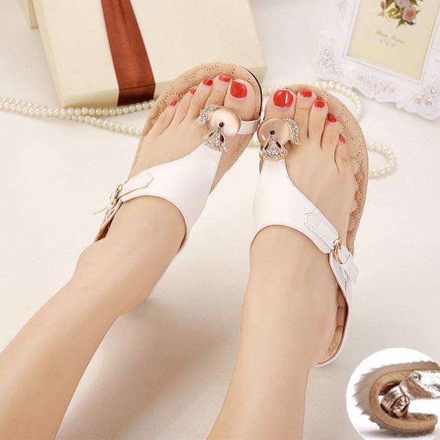 夏季时尚平底人字拖鞋