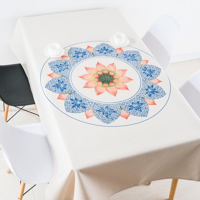 清新优雅桌布,让餐桌立马鲜活温馨起来