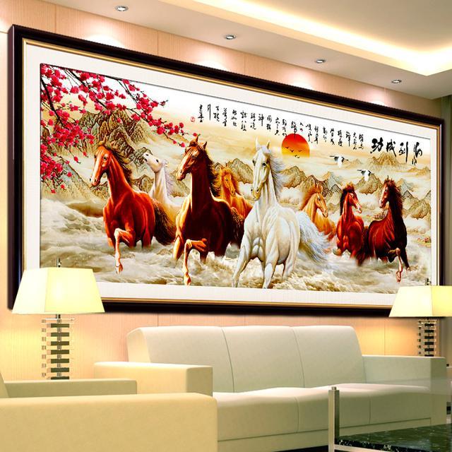 客厅挂十字绣的美好愿景,你选家庭和美还是事业亨通