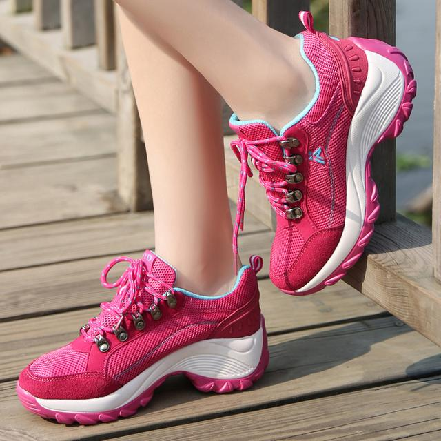 内增高轻便软底跑步旅游鞋