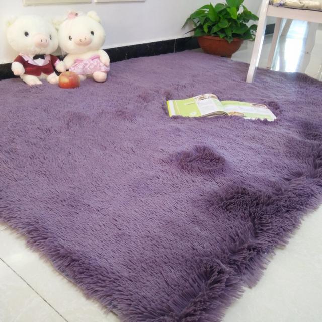 在家铺上小地毯,享受你的草地时光