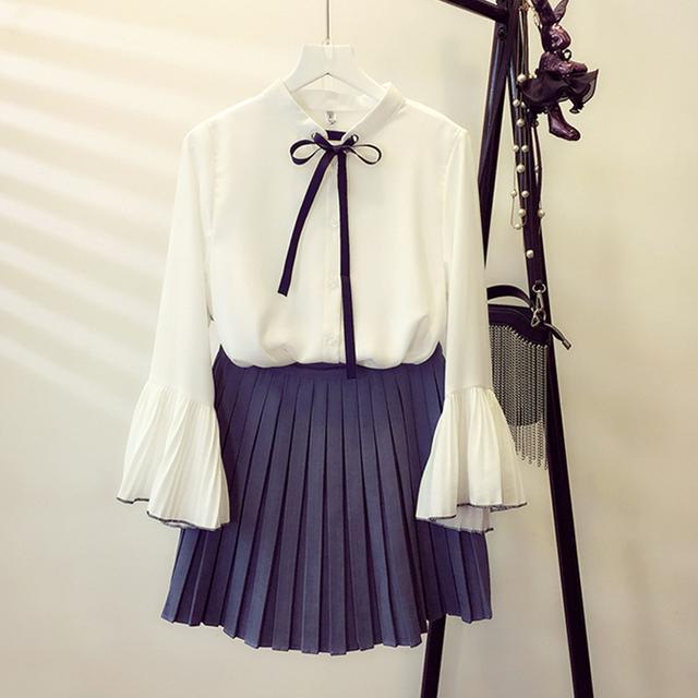 喇叭袖雪纺衬衫