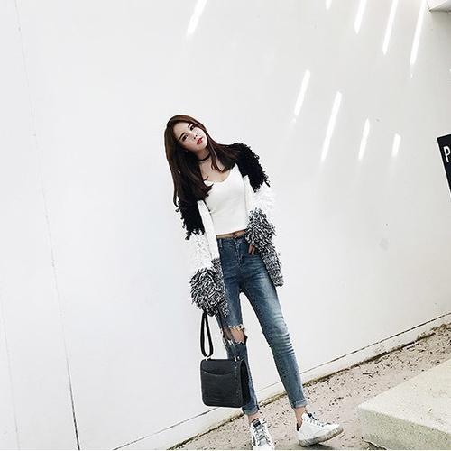 林珊珊2017春新款破洞牛仔裤