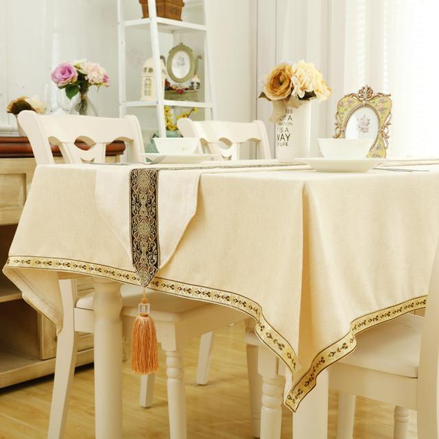 透明桌布已经淘汰了,现在这种带桌旗的桌布巨火,颜值高又便宜