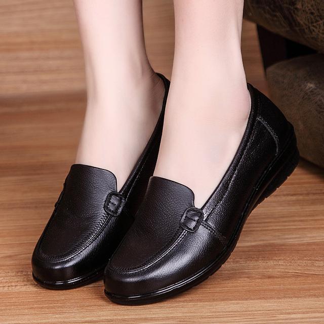 春秋季软底舒适妈妈鞋