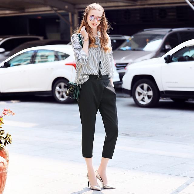 黑白条纹雪纺衫+九分小脚裤时尚套装