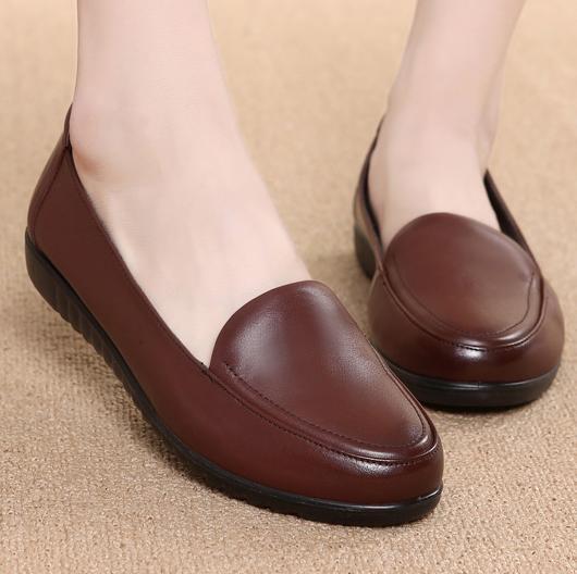 春秋妈妈鞋平底皮鞋