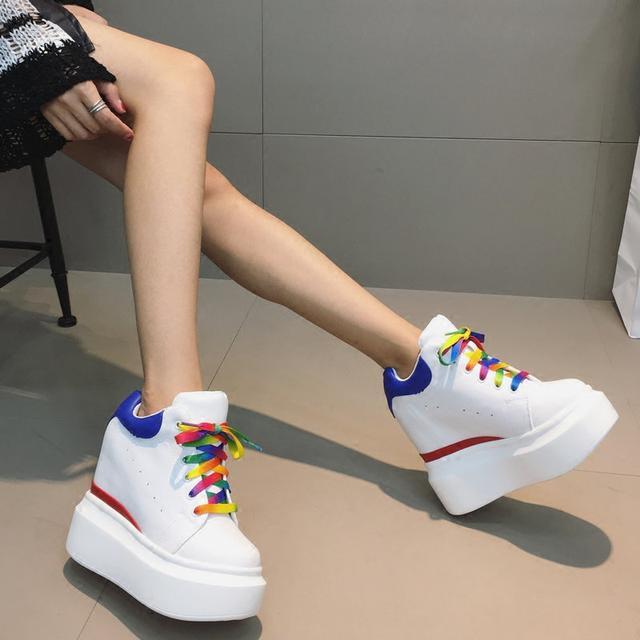 新款内增高松糕小白鞋