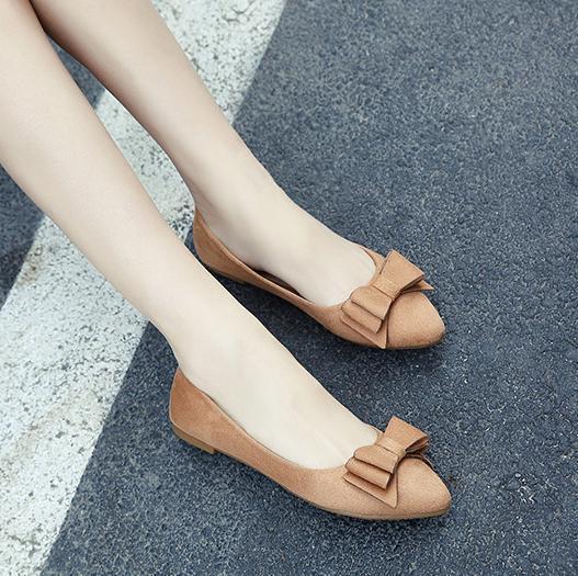 韩版尖头浅口女鞋