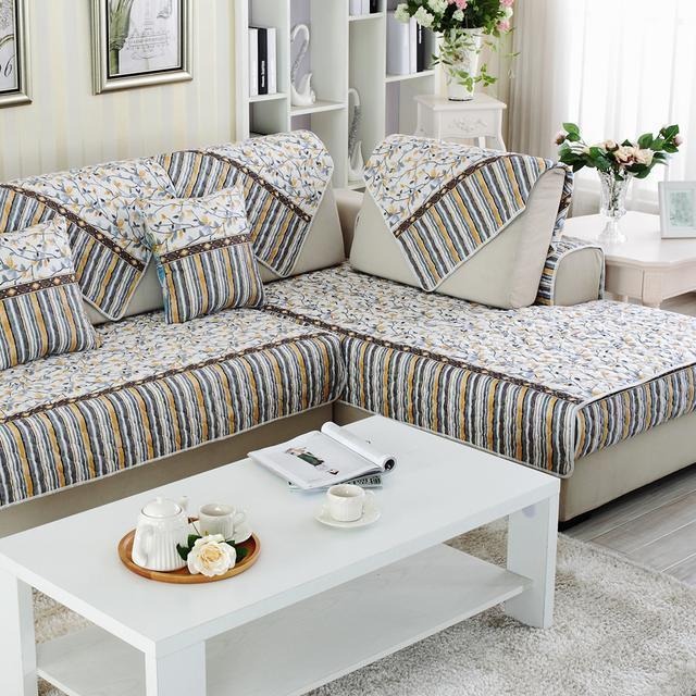 炎炎夏日,沙发凉席给你一股凉爽,感受沙发的柔软与清凉