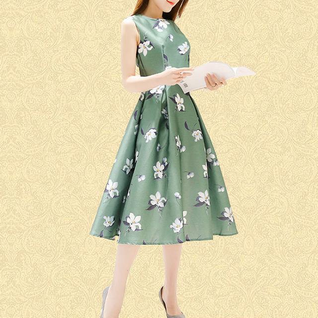 新款时尚印花连衣裙
