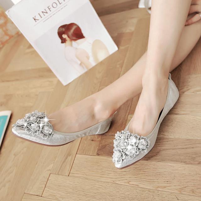 浅口水钻尖头平底单鞋