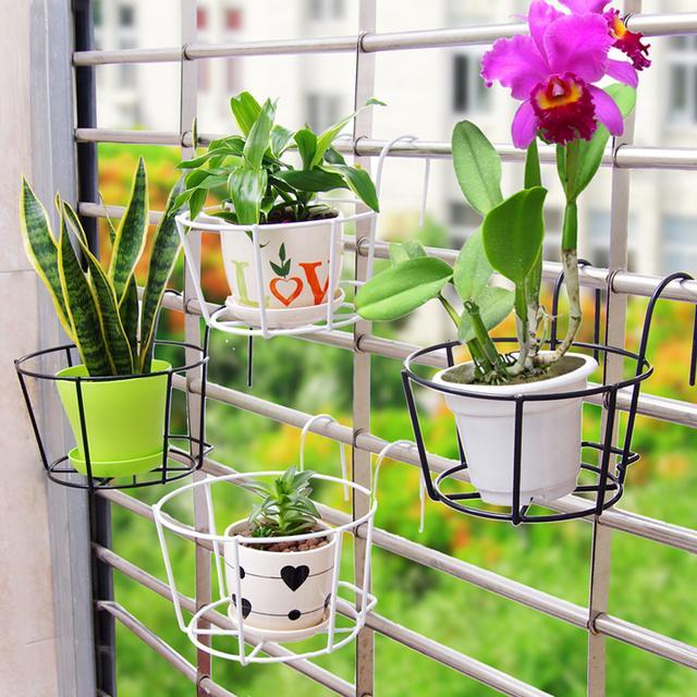 生活不是借来的,用不到一平方的小空间给自己打造一个浪漫小阳台
