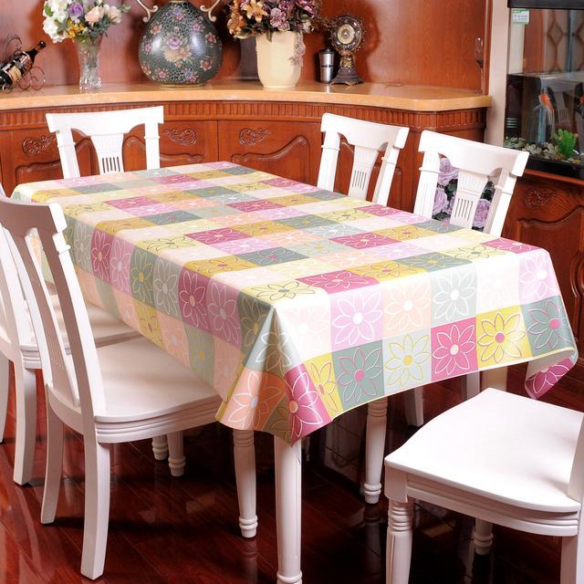 总感觉家里不够温馨,原来缺少一款漂亮的桌布
