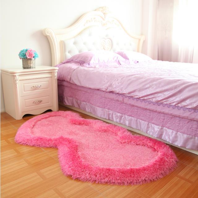 17年正当红的地毯,巧让客厅靓出新高度,尤其第4款的满地铺