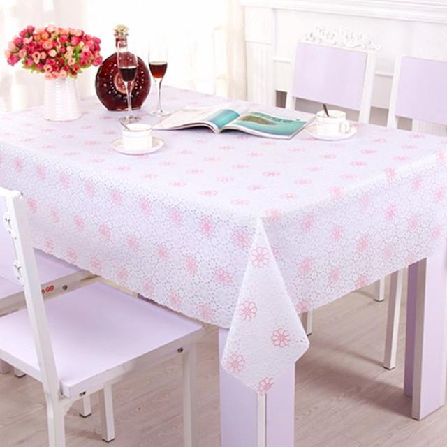 老式桌布过时了,时下流行美观大气的PVC桌布,防水防烫又耐脏