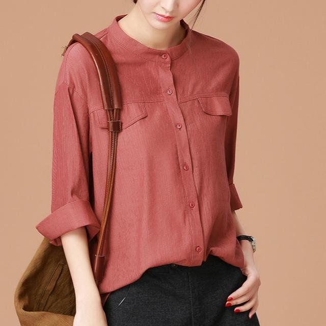 肚腩大的女人穿衣得聪明!现在流行的是这8款自带藏肉效果的衬衫