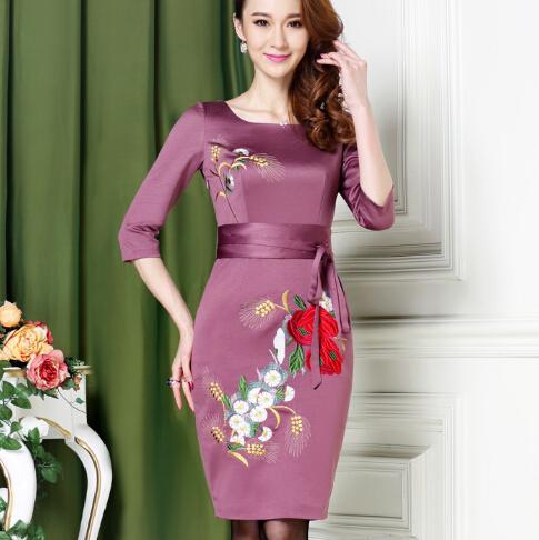 菲梦伊高端连衣裙,贵气但不庸俗,穿出女人独有的自信和优雅