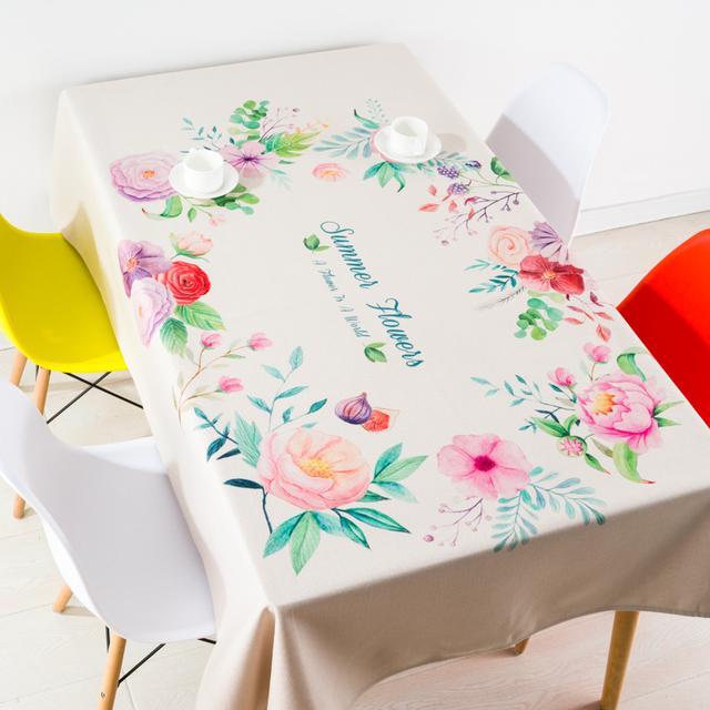 风格迥异的桌布,不仅实用防尘,还能让体验各个环境的美妙