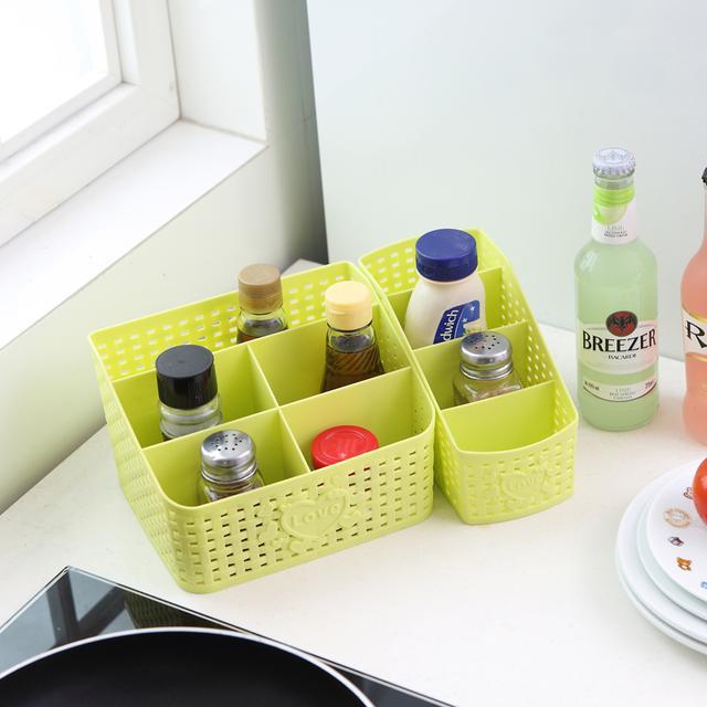 瓶瓶罐罐的化妆品太多,各类精致的化妆品收纳盒,还桌面整洁干净 护肤品,化妆品,复古风,桌子,塑料 IT之家  3