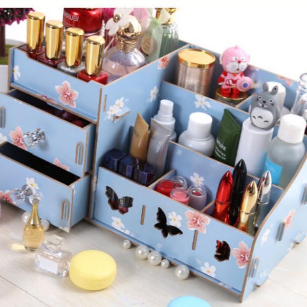 瓶瓶罐罐的化妆品太多,各类精致的化妆品收纳盒,还桌面整洁干净 护肤品,化妆品,复古风,桌子,塑料 IT之家  12