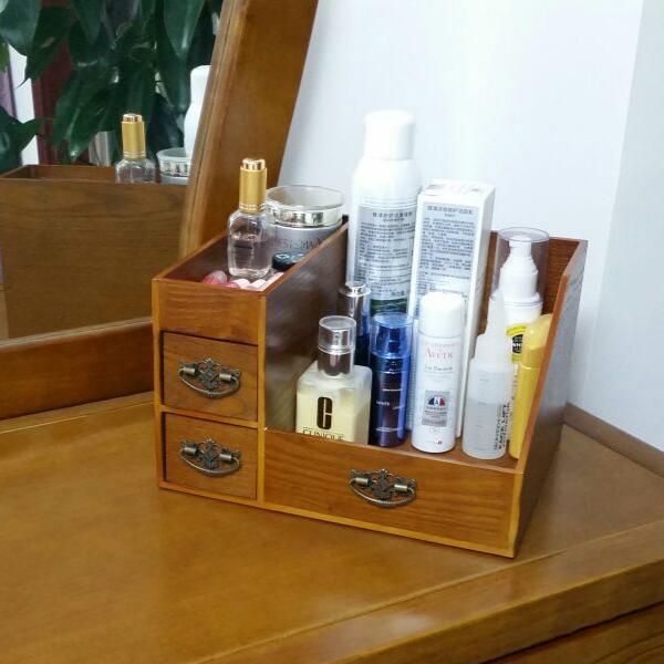 瓶瓶罐罐的化妆品太多,各类精致的化妆品收纳盒,还桌面整洁干净 护肤品,化妆品,复古风,桌子,塑料 IT之家  2