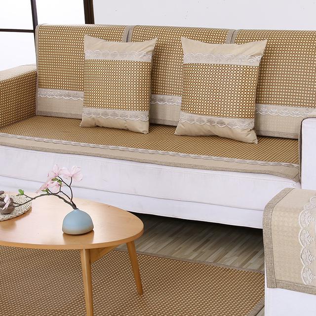 传统沙发套已落伍,今夏流行凉冰丝沙发垫,好看不贵又上档次