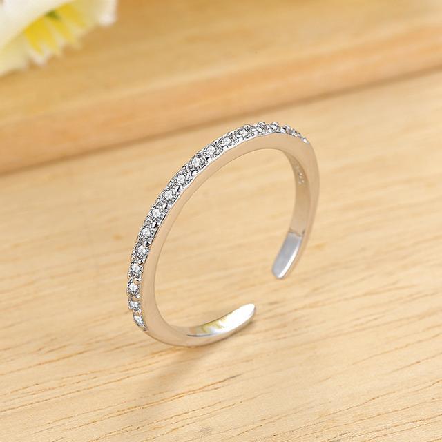 银戒指哪个牌子好?银戒指款式图片_购买银戒指前必看