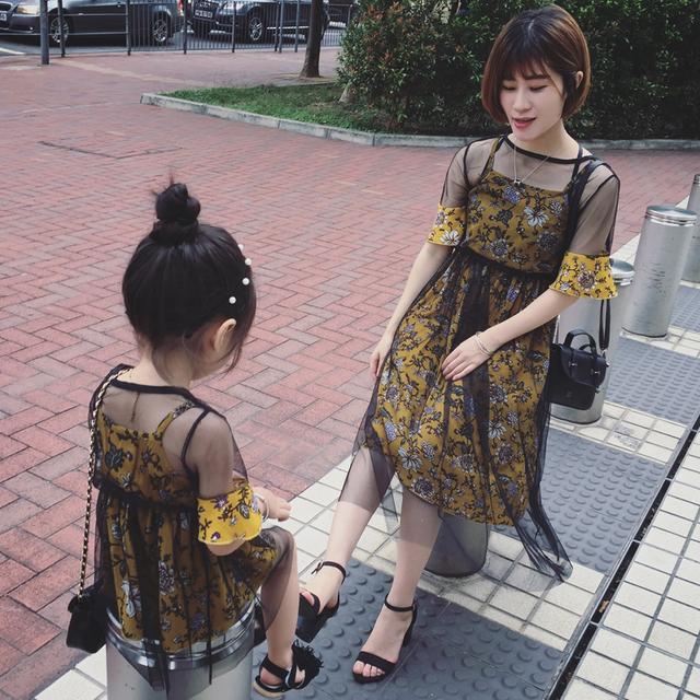 如何把母女装穿出叶一茜和森碟的气场,先看看这对母女的时尚经