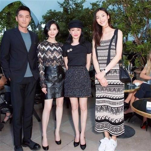 """刘雯竟这么穿,就上巴黎时装周,气场还很强大,不愧是""""大表姐"""""""