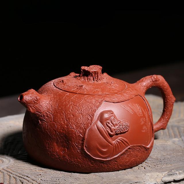 世间茶壶千万,为何众人却独爱紫砂?一起感受紫砂壶难以言喻的美