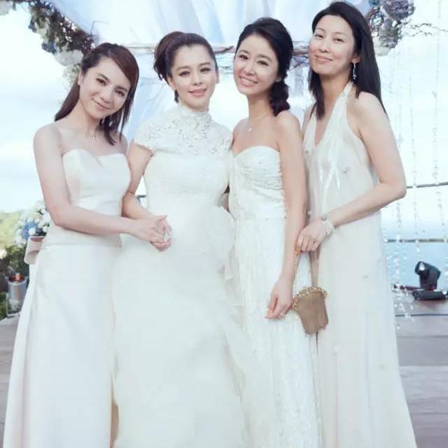 曾经谁说伴娘只能丑?姐妹出嫁一起美美哒,还没有结婚打算的你也进来看看呀!