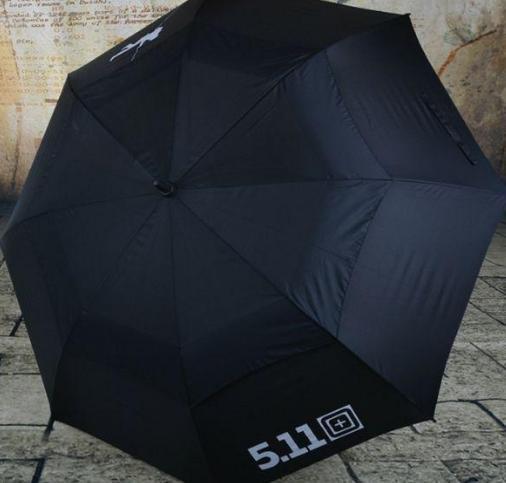 """去德国一定要""""人肉""""背回的7把名伞,据说:第3把台风都吹不坏"""