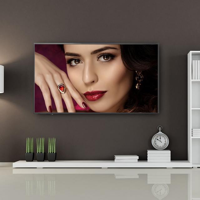 别傻傻用遥控电视了,现都流行用这样的智能电视,动动口就能控制