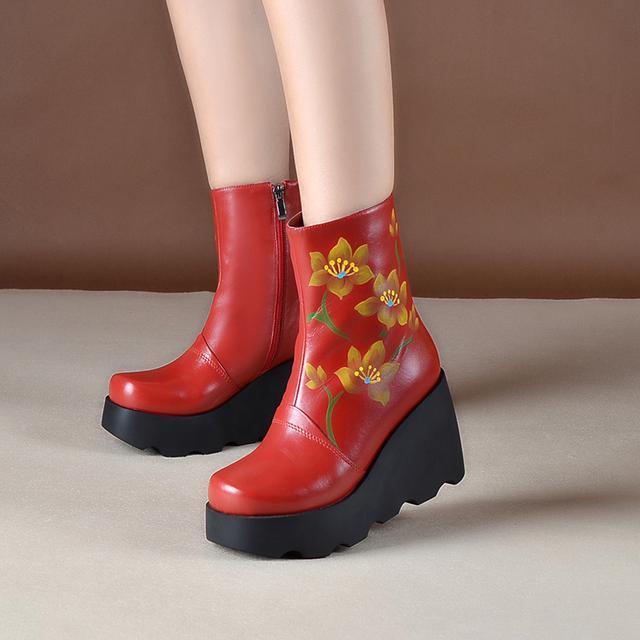 松糕短靴牛皮坡跟马丁靴民族风花朵复古靴
