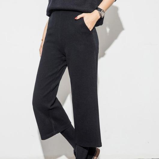腰粗腿短就别穿打底裤了,这些毛呢阔腿裤像假两件一样流行又漂亮