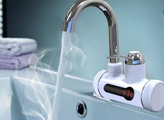 一开就出热水了,在厨房洗手间安装一个,洗碗洗手暖暖的,不冻手