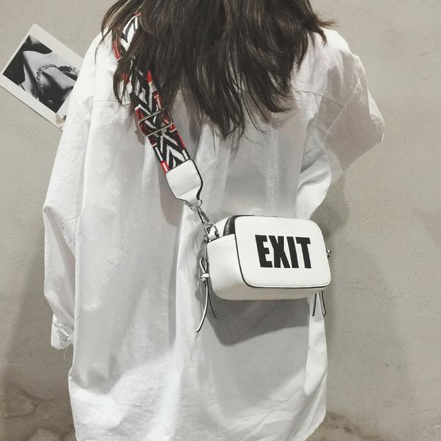 ins超火包包女2018夏新款潮韩版百搭斜跨单肩包宽带相机包仙女包优惠券