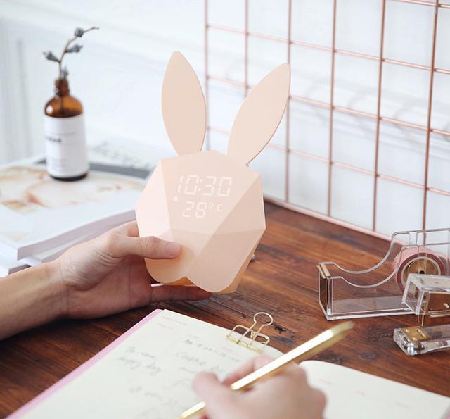 热巴同款咪兔音乐创意闹钟贪睡声控小夜灯充电床头卧室壁灯闹钟优惠券